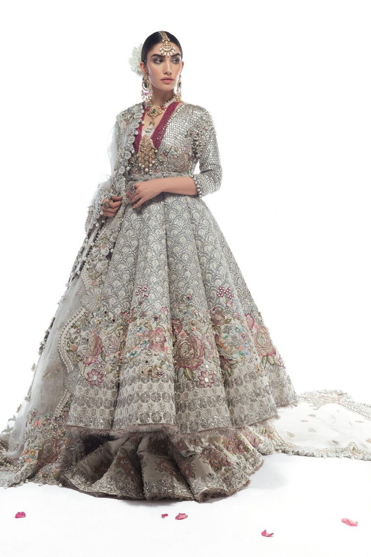Trendy and beautiful bridal outfit Champs De Patchouli by Élan