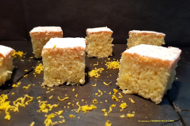 coca-de-llimona, coca-de-limon, postres-thermomix, pastel-thermomix, pastís-thermomix, postres, blog-de-cuina-de-la-sonia, l'essencia-de-la-cuina