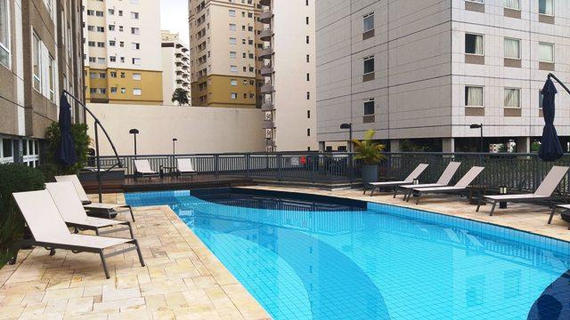 Piscina do Mercure São José dos Campos Hotel