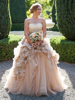 http://www.dressesofgirl.com/princess-sweetheart-tulle-court-train-cascading-ruffles-glamorous-wedding-dresses-dgd00022747-5866.html