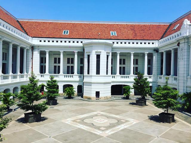 foto suasana museum bank indonesia jakarta