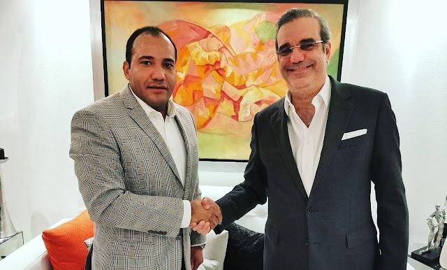 Salvador Holguín felicita y reconoce el contundente triunfo de Luis Abinader; le dice al pueblo dominicano inicia una nueva era en la forma de gobernar el país