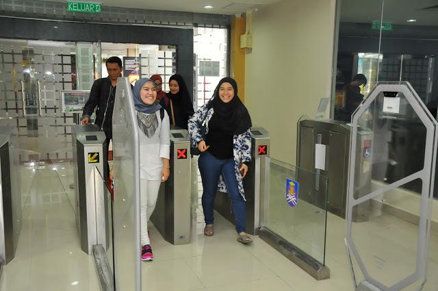 Gambar Perpustakaan Tun Abdul Razak Utama aras 2  BPA Blog