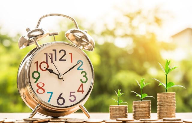 money-alarm-clock