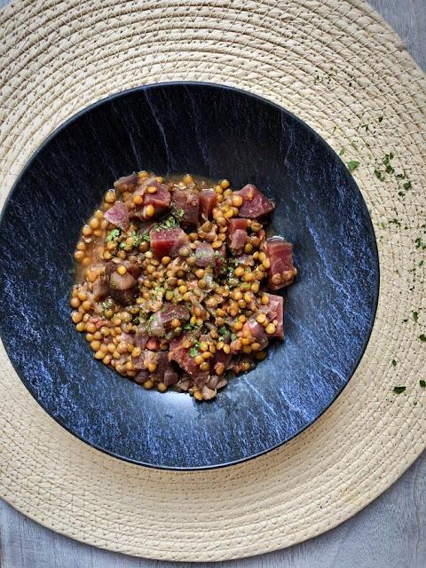 Lentilles aux lardons et à la betterave