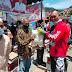 Dandim 0106/Aceh Tengah Bersama Clup Tragong ,Clup IOF Serahkan Sembako kepada Masyarakat.
