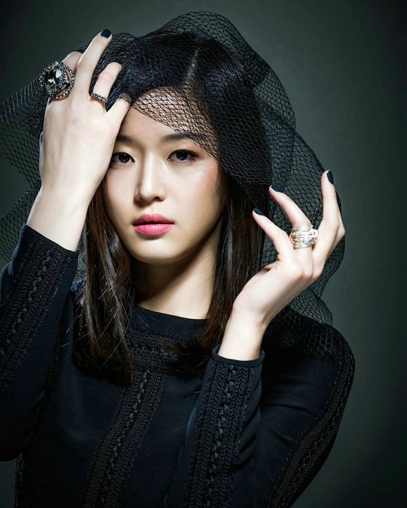 cewek cantik dan manis Korea Selatan artis Jun Ji Hyun