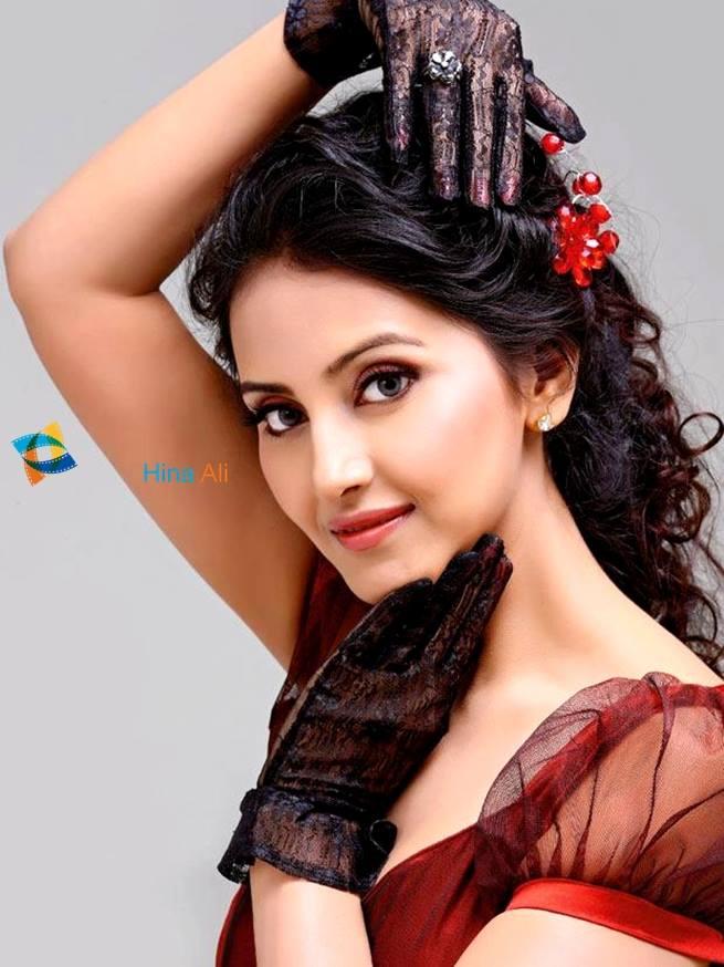 Wallpaper Effect Pakistani Beautiful Actress Models And