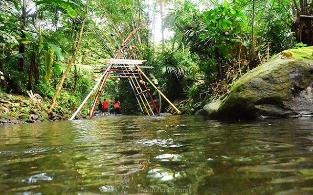 Mulai menyusuri sungai menuju embung pancoh