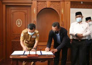 Gubernur Al Haris sebut Gedung LPMP dijadikan tempat Isolasi Terpusat   Penandatanganan Nota Kesepahaman
