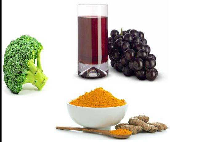 """<img src=""""jugo-de-uva.jpg"""" alt=""""jugo de brócoli uva y cúrcuma para combatir el cáncer de mama"""">"""