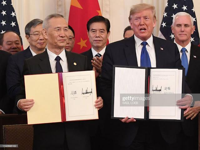 TT Trump sửa lại 'sai sót quá khứ' với Trung Quốc