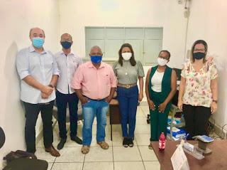 SAAE: Prefeita Adelma Cristovam faz reunião com a diretoria do SAAE para solucionar a questão da água no município.