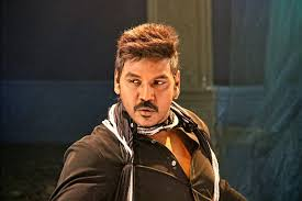 Raghava Lawrence Family Wife Son Daughter Father Mother Age Height Biography Profile Wedding Photos