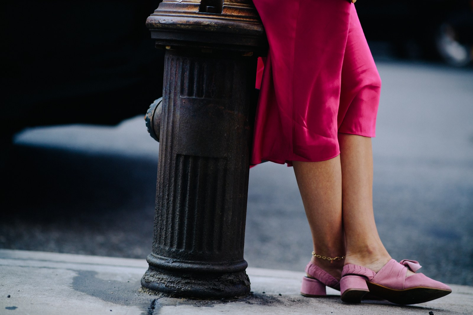 New York Fashion Week SS18 Street Style, Pink and Kitten Hills