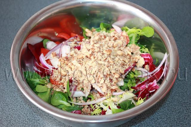 рецепт салата с орехами и горчичной заправкой с пошаговыми фото