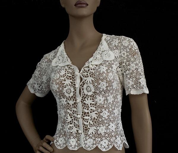 Camisa Apliques de Crochet