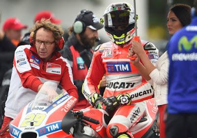 Iannone ke Suzuki, Ducati Mulai Rayu Stoner Membalap Lagi