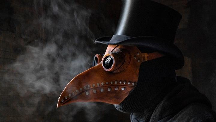 Mengapa Dokter Wabah di Eropa Memakai Kostum Paruh Burung? Belajar Sampai Mati, belajarsampaimati.com, hoeda manis
