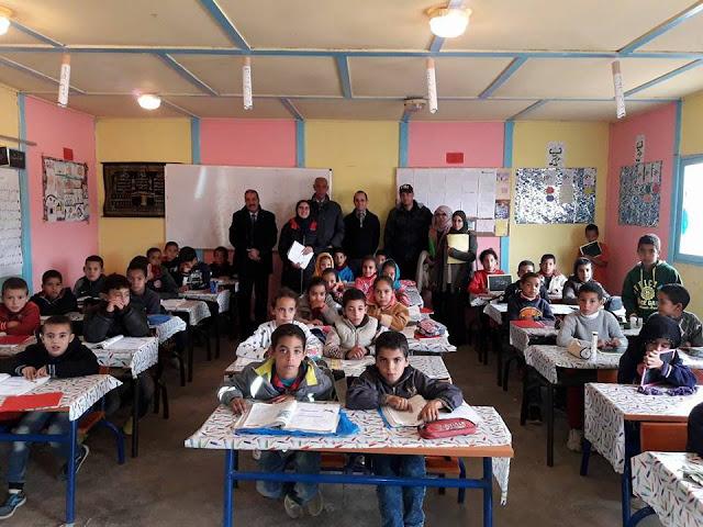 السيد المدير الإقليمي بالفقيه بن صالح في زيارة تفقدية لفرعية بني عون التابعة لمجموعة مدارس دار الفلاح