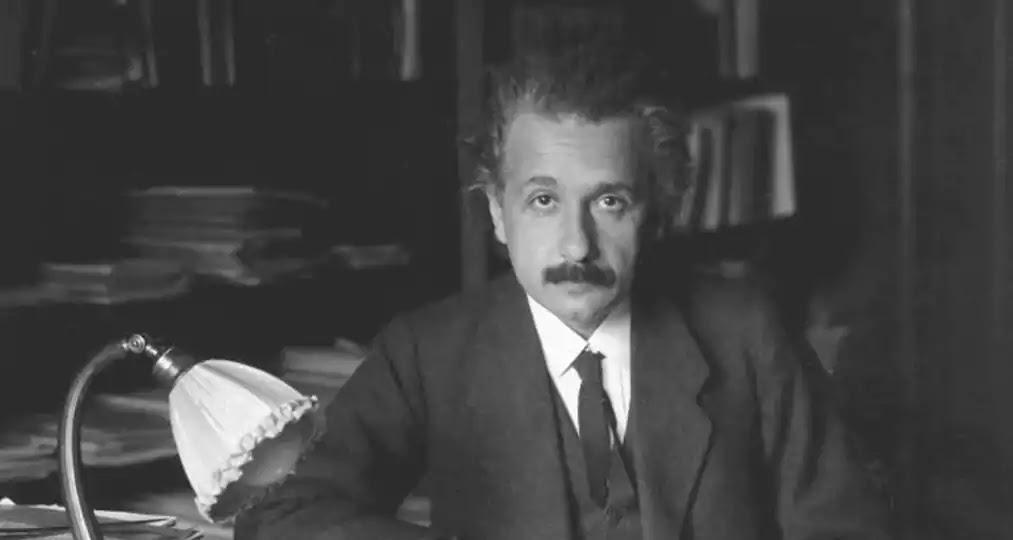 Kata Bijak Tentang Pendidikan dan Akademis Albert Einstein