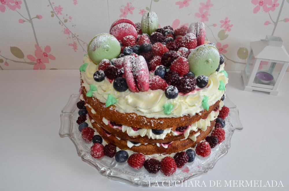 Tarta de chocolate blanco y frutos rojos, ¡sin horno!