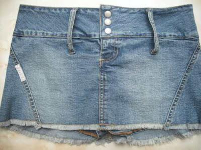Foto de minifalda jean para usar con correo ancha