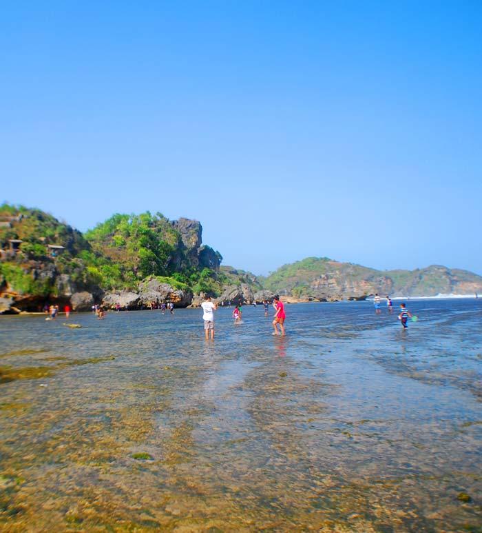 Fasilitas Wisata di Pantai Drini Gunung Kidul