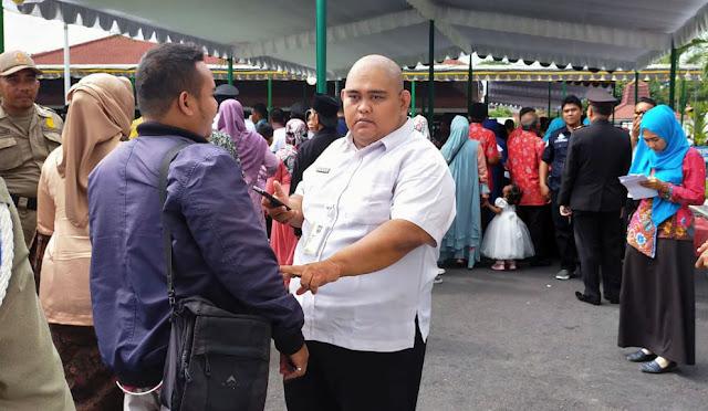 Salahsatu wartawan dilarang masuk oleh petugas