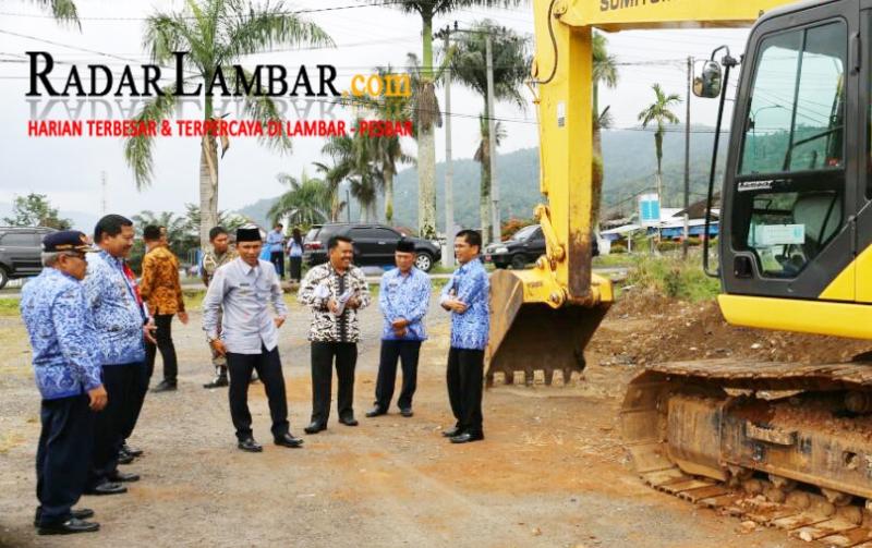 Penataan Kota Liwa, Parosil Tinjau Lahan Eks Work-shop PU