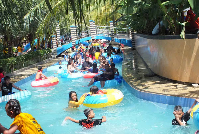 Lazy Pool Hairos Waterpark