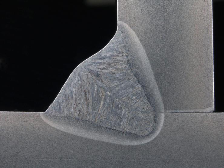 Угловой шов выполненный с применением технологии WiseFusion