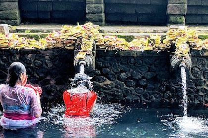 Ritual Pembersihan Diri Menurut Kepercayaan Agama Hindu