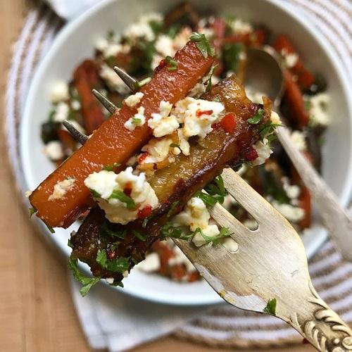 gebratene Zucchini & Möhren-Sticks mit Feta