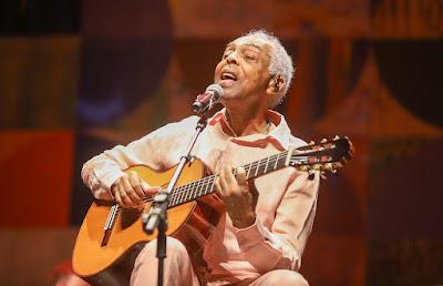 Aos 78 anos, Gilberto Gil lança nova versão de 'Andar com fé'