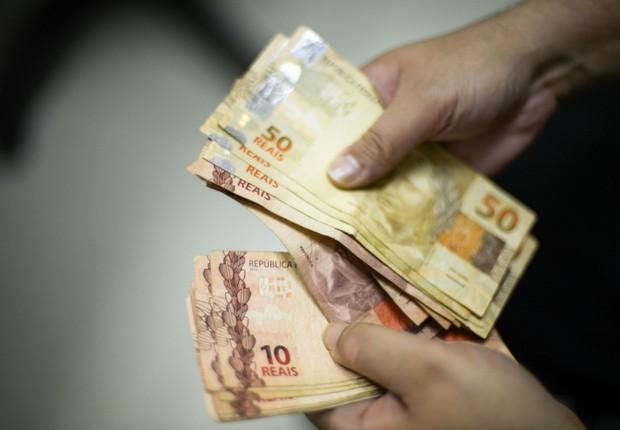 13º salário deve injetar cerca de R$ 2,4 bilhões na economia da PB ainda este ano