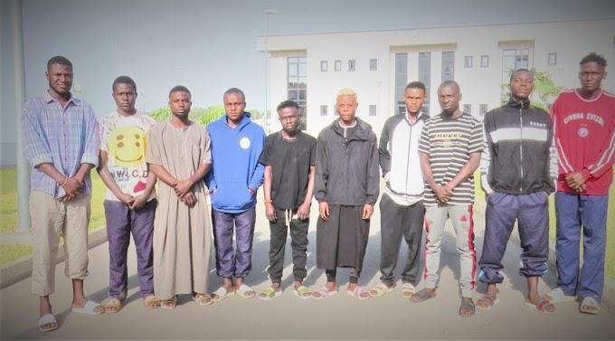 10 Yahoo Yahoo apprentices arrested in Abuja as academy head flees