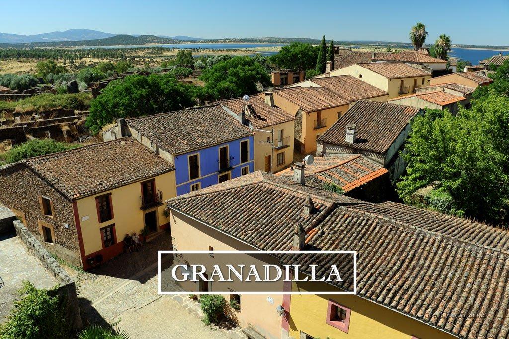 Granadilla, un pueblo deshabitado amurallado