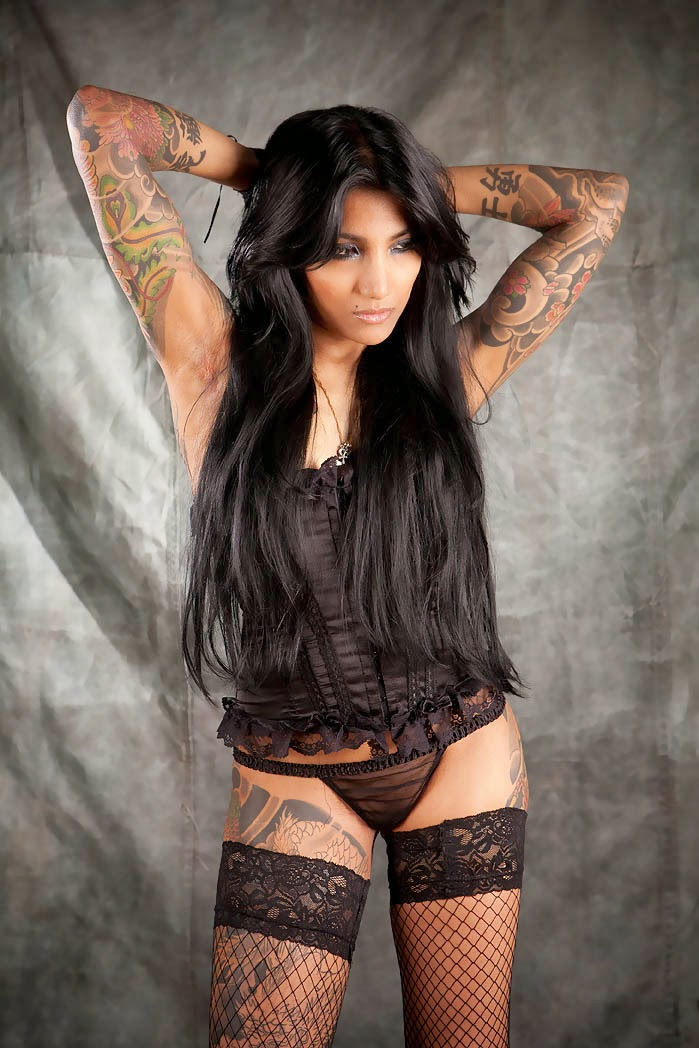 Lepa Dinis | Sexy Tattooed Girls | Tattoo Artists