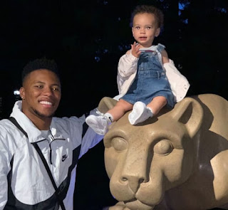 Saquon Barkley With Daughter
