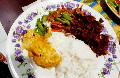 Hidangan Menu Kampung Oleh Orang Bujang