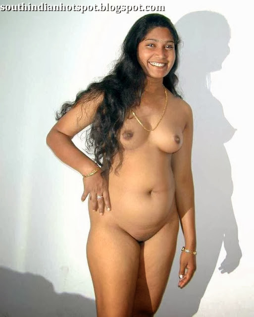 Sexy aunty without dress