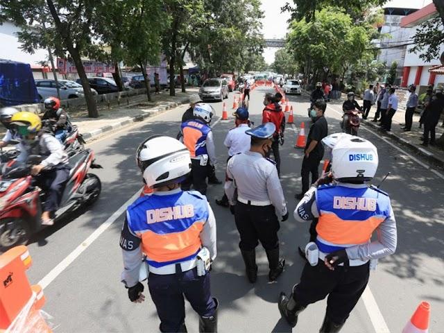 Check Point Ketat di Beberapa Lokasi, Volume Kendaraan di Kota Bandung Tinggal 30 Persen