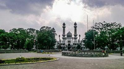 masjid jami malang