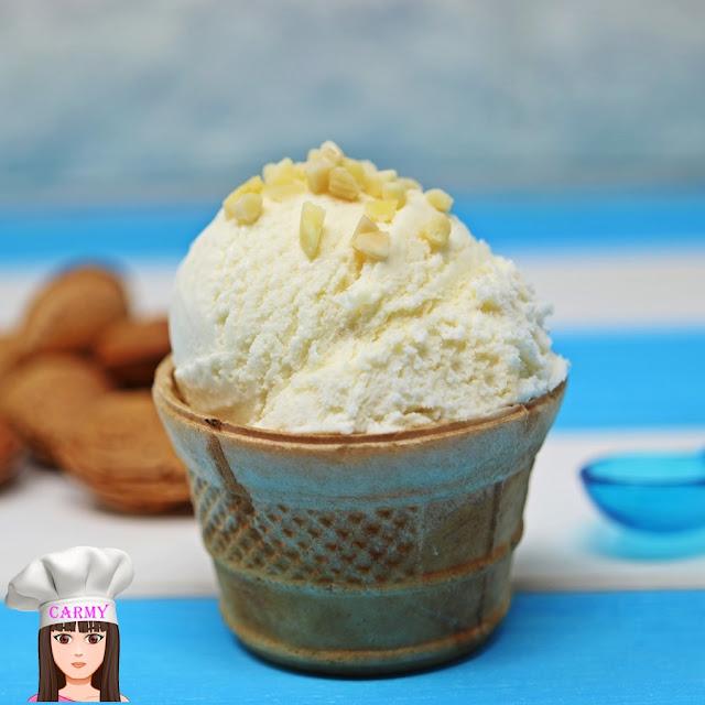gelato alla mandorla