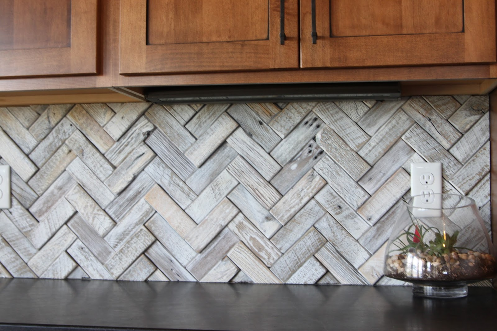 - Paper Blog: Reclaimed Wood As A Backsplash
