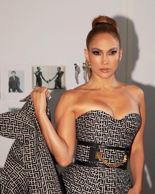 Jennifer Lopez instagram Account