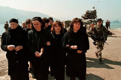 Quando il governo Prodi fece morire 100 albanesi nel canale d'Otranto