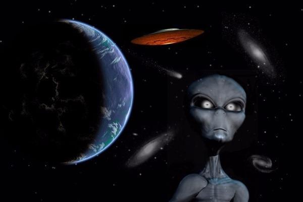 外星人其實是未來人