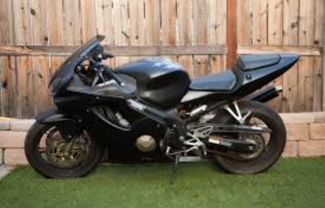 How Do I Tell What Year My Suzuki Dirt Bike Is?